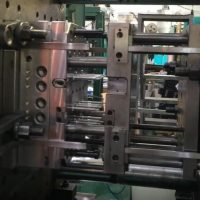 3 plates injection mold for medical products